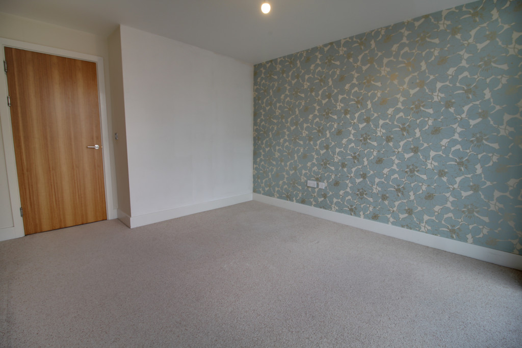Image 4/8 of property Longleat Avenue, Park Central, Birmingham City Centre, B15 2EX