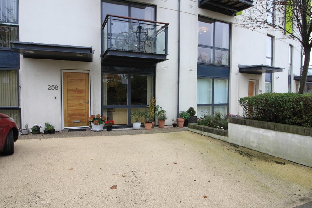 Image 8/8 of property Hemisphere, Edgbaston Crescent, Edgbaston, B5 7RJ