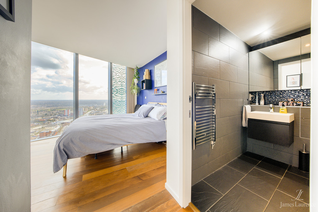Image 10/22 of property Beetham Tower, 10 Holloway Circus Queensway, Birmingham City Centre, B1 1BY