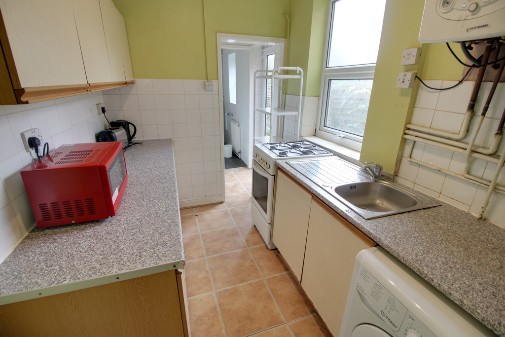 Image 3/8 of property Tiverton Road, Selly Oak, B29 6BY