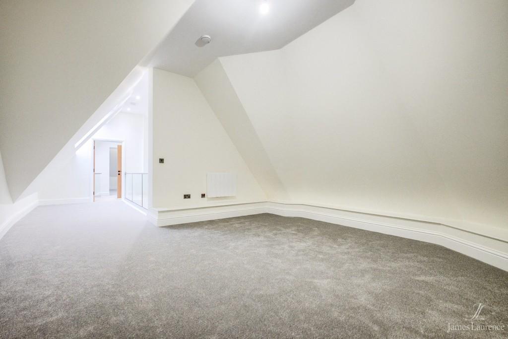 Image 8/11 of property Sydenham Place, 26B Tenby Street, Jewellery Quarter, B1 3EE