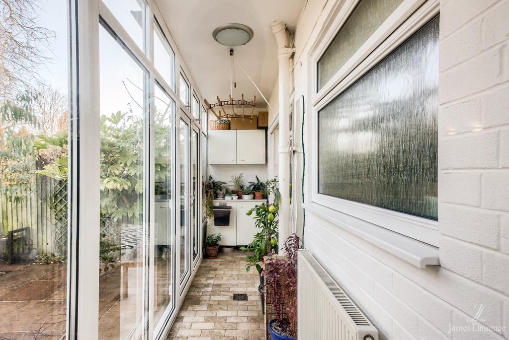 Image 15/21 of property Fugelmere Close, Harborne, B17 8SE