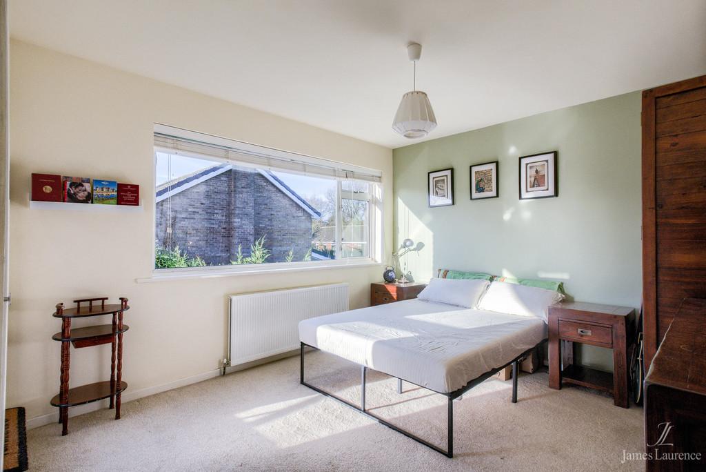 Image 11/21 of property Fugelmere Close, Harborne, B17 8SE