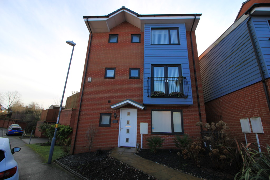 Image 1/12 of property Whitlock Grove, Birmingham, B14 4SB