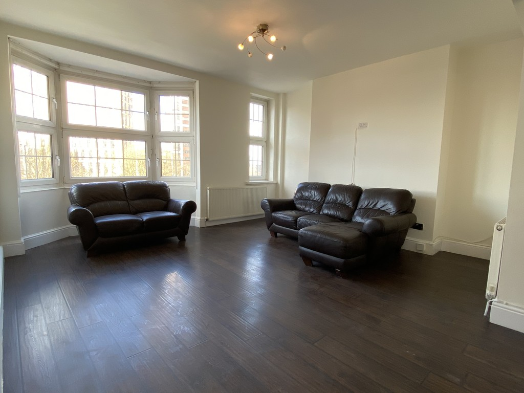 Image 8/16 of property Cropthorne Court, Calthorpe Road, Edgbaston, Birmingham, B15 1QP