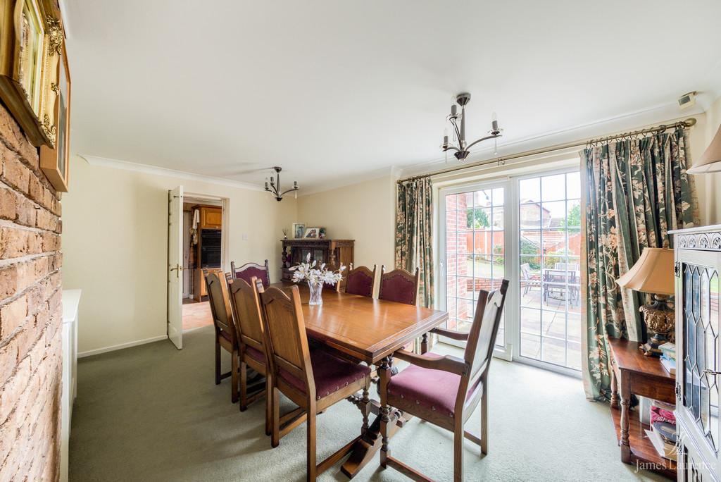 Image 5/13 of property Shandon Close, Birmingham, B32 3XB