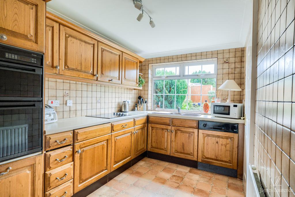 Image 4/13 of property Shandon Close, Birmingham, B32 3XB