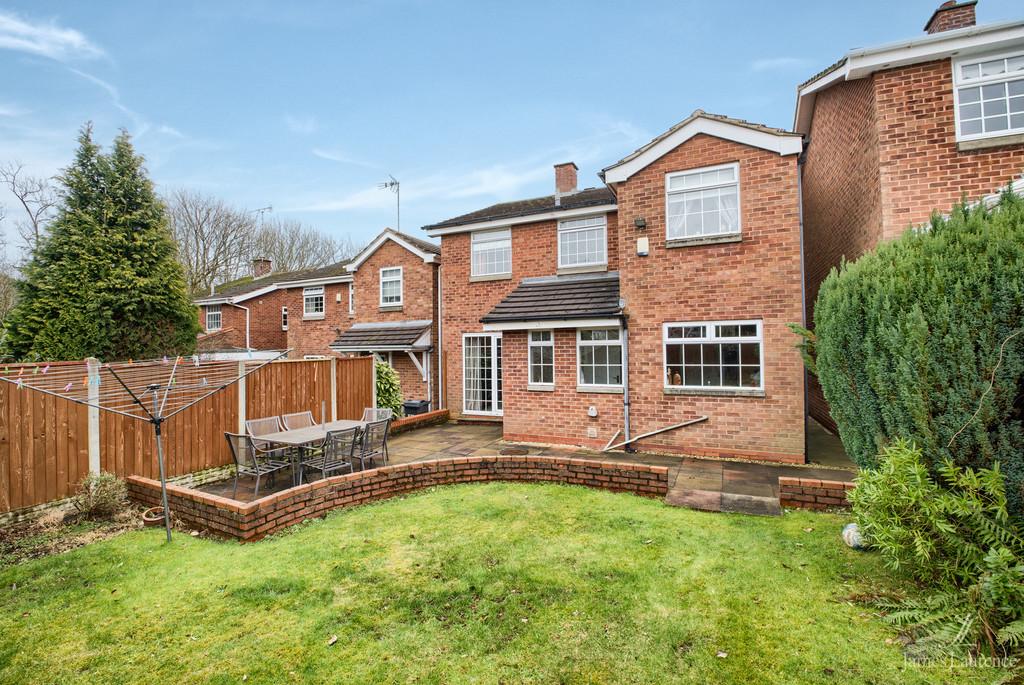 Image 13/13 of property Shandon Close, Birmingham, B32 3XB
