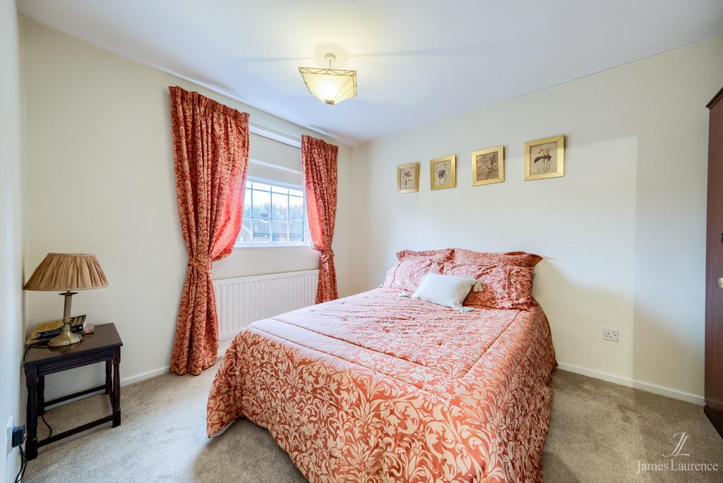 Image 9/13 of property Shandon Close, Birmingham, B32 3XB