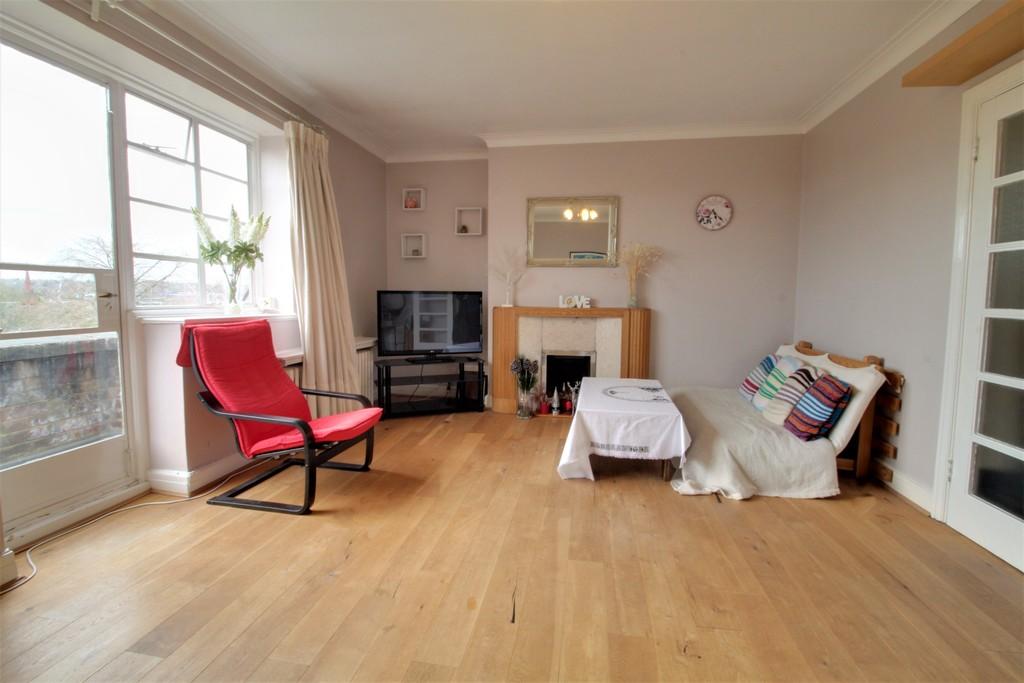 Image 5/12 of property Viceroy Close, Birmingham, B5 7UY