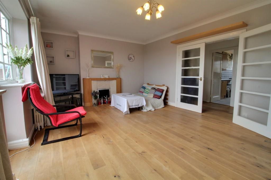 Image 4/12 of property Viceroy Close, Birmingham, B5 7UY