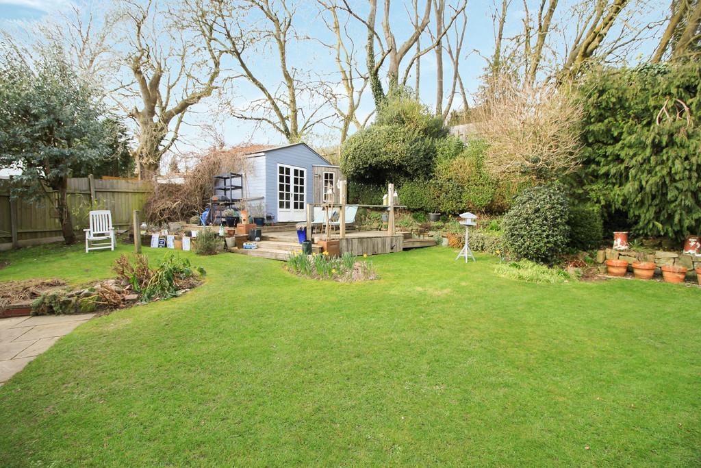Image 14/14 of property Lelant Grove, Harborne, B17 9UA
