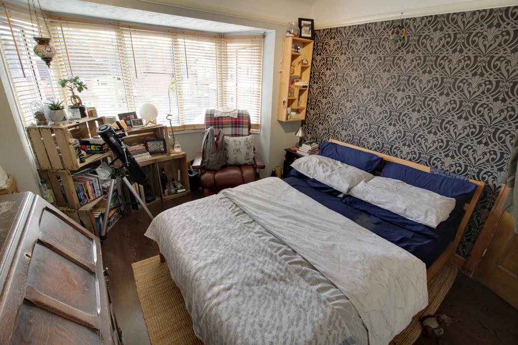 Image 10/14 of property Lelant Grove, Harborne, B17 9UA