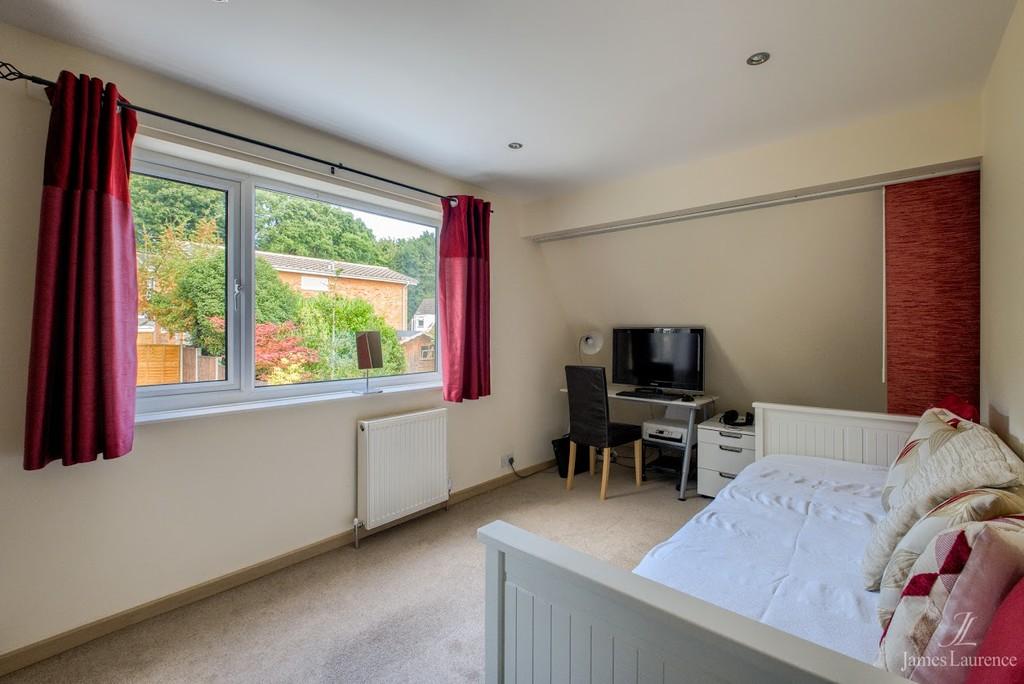 Image 10/13 of property Chancellors Close, Birmingham, B15 3UJ