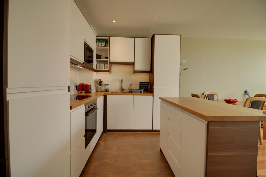 Image 12/14 of property Millennium Apartment, 95 Newhall Street, Birmingham City Centre, B3 1BA