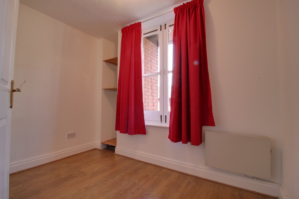 Image 5/8 of property Kings Court, 25 Cox Street, St. Pauls Square, B3 1RD