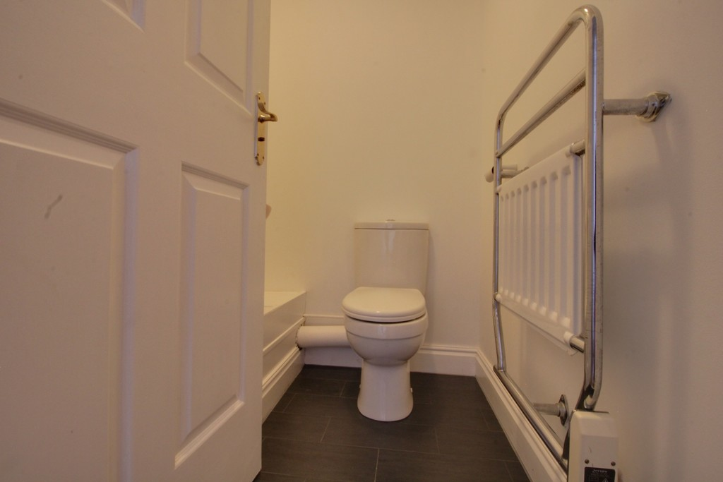 Image 7/8 of property Kings Court, 25 Cox Street, St. Pauls Square, B3 1RD