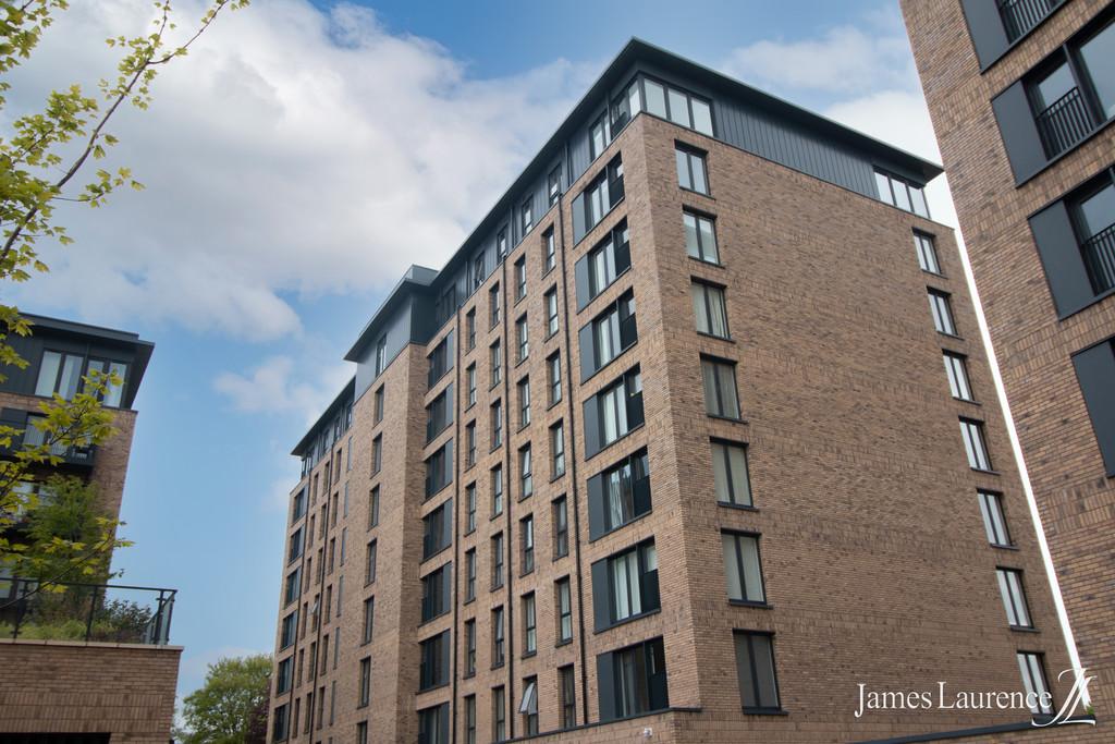 Image 1/9 of property Roosevelt Apartments, 1 Lexington Gardens, Park Central, B15 2DU