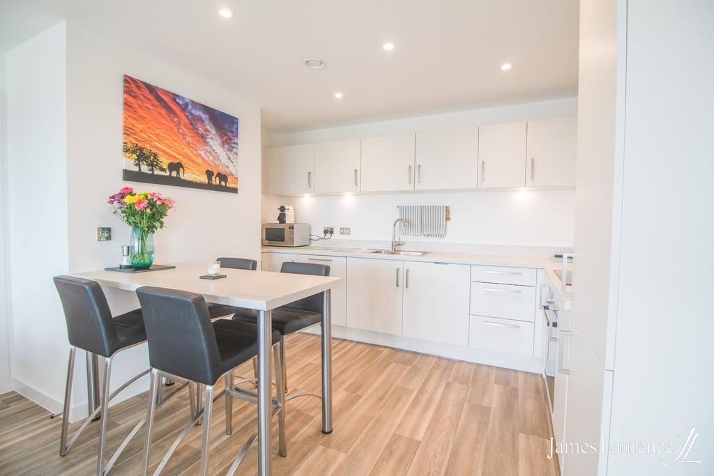 Image 3/9 of property Roosevelt Apartments, 1 Lexington Gardens, Park Central, B15 2DU