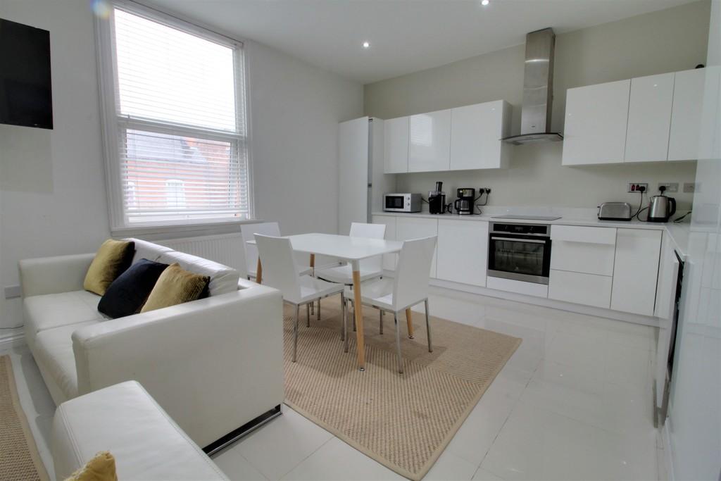 Image 5/10 of property Stanmore Road, Edgbaston, B16 9TB