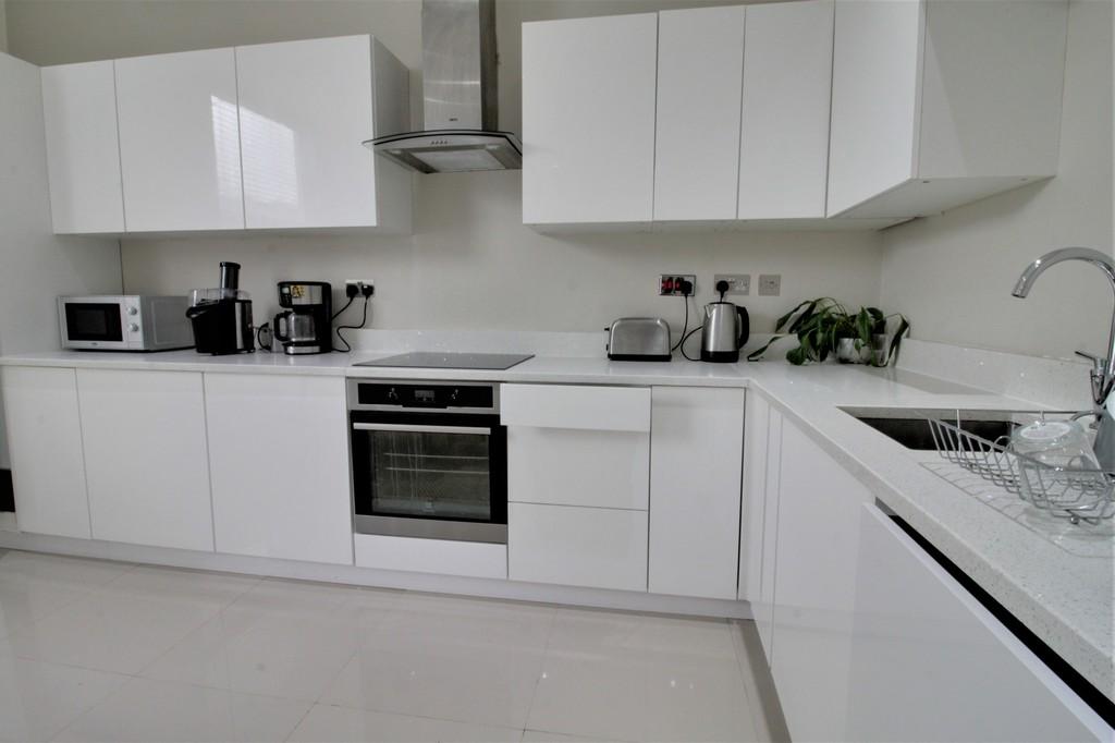 Image 6/10 of property Stanmore Road, Edgbaston, B16 9TB