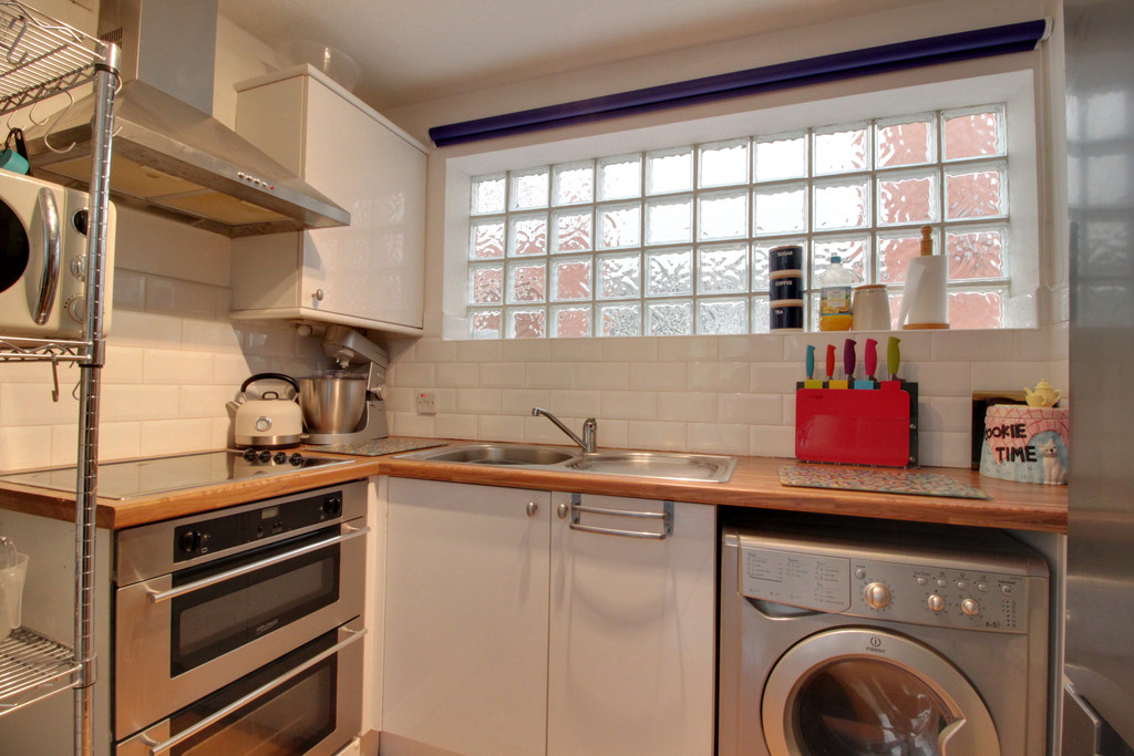 Image 3/9 of property Kings Court, 25 Cox Street, St. Pauls Square, B3 1RD
