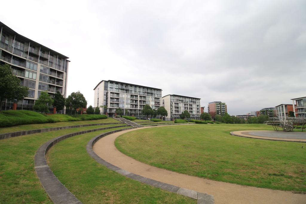 Image 12/12 of property Langley Walk, Park Central, Birmingham City Centre, B15 2EF