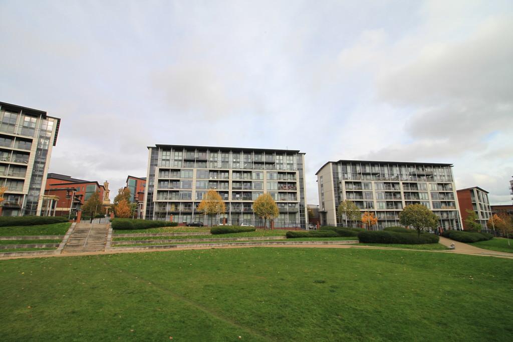 Image 1/13 of property 29 Longleat Avenue, Park Central, Birmingham, B15 2DF
