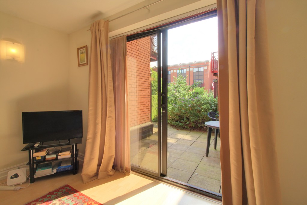 Image 7/12 of property Kings Court, 25 Cox Street, St. Pauls Square, B3 1RD