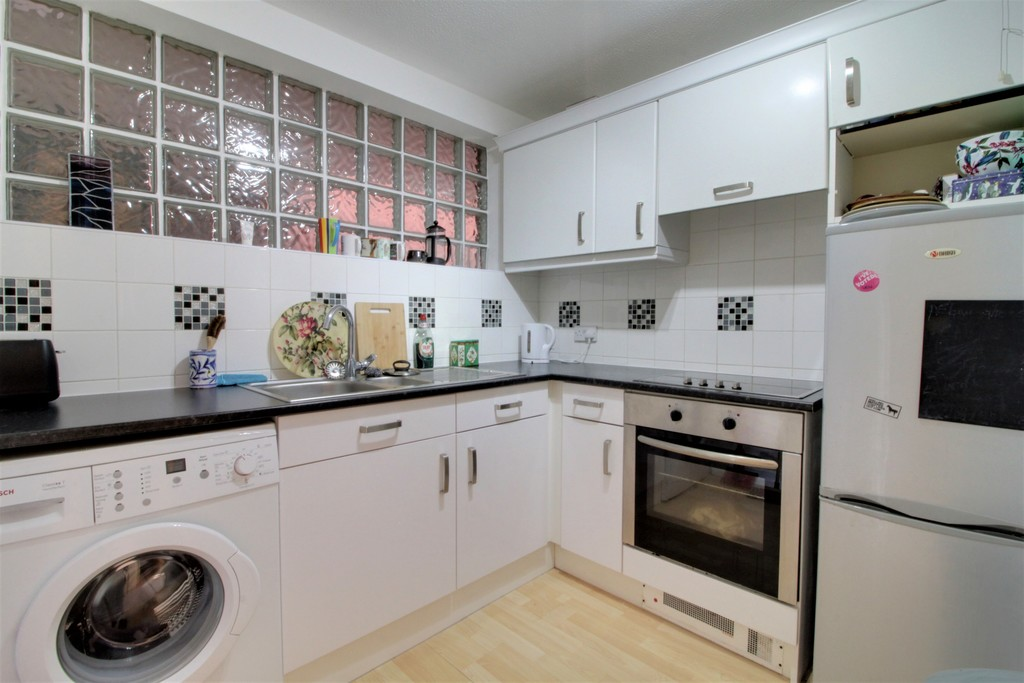 Image 6/12 of property Kings Court, 25 Cox Street, St. Pauls Square, B3 1RD