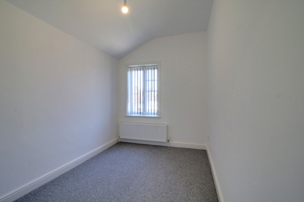 Image 14/17 of property Blythswood Road, Tyseley, Birmingham, B11 2BU