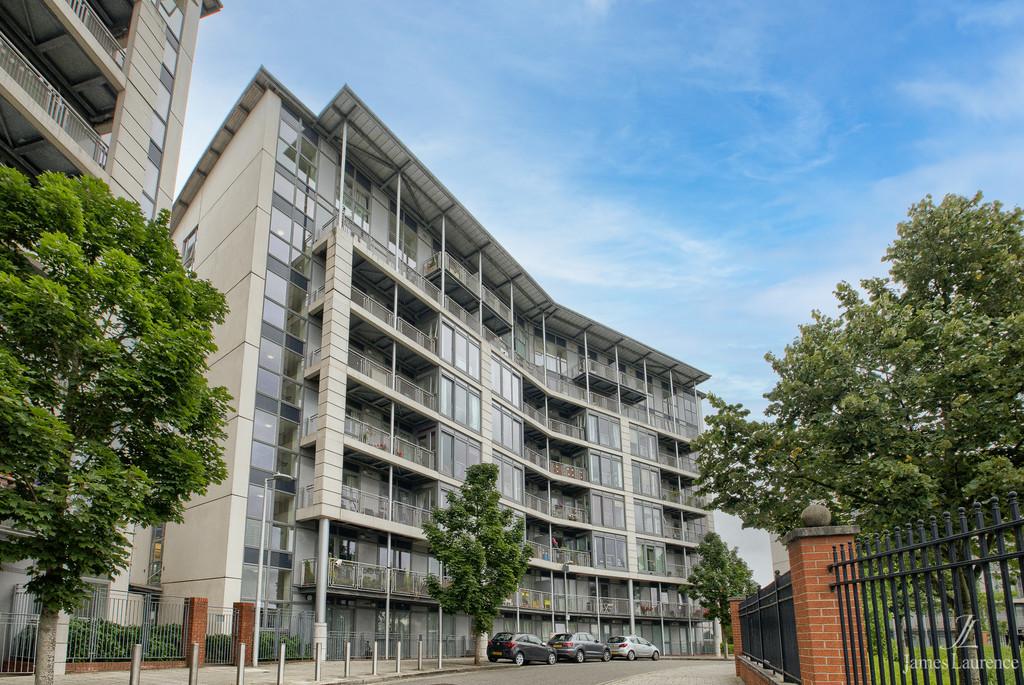 Image 1/10 of property Langley Walk, Park Central, Birmingham City Centre, B15 2EN