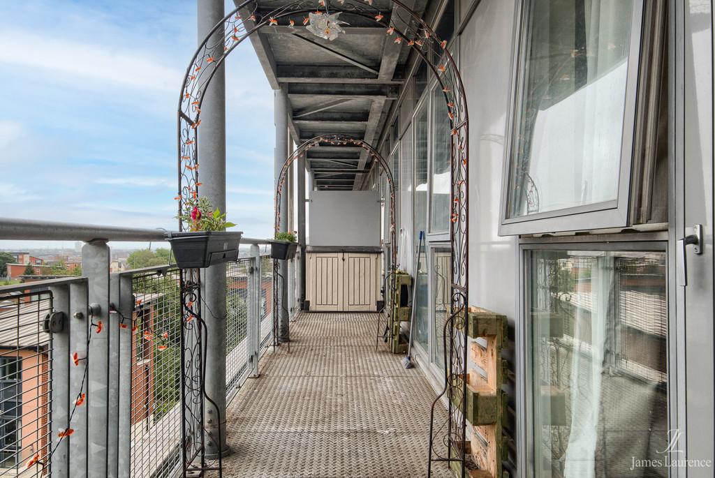 Image 9/10 of property Langley Walk, Park Central, Birmingham City Centre, B15 2EN