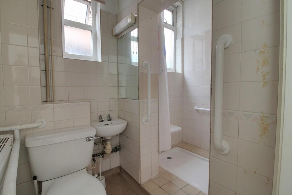 Image 15/18 of property Gillott Road, Birmingham, B16 0ES