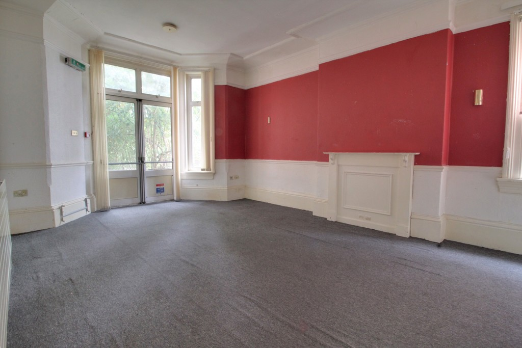 Image 3/18 of property Gillott Road, Birmingham, B16 0ES