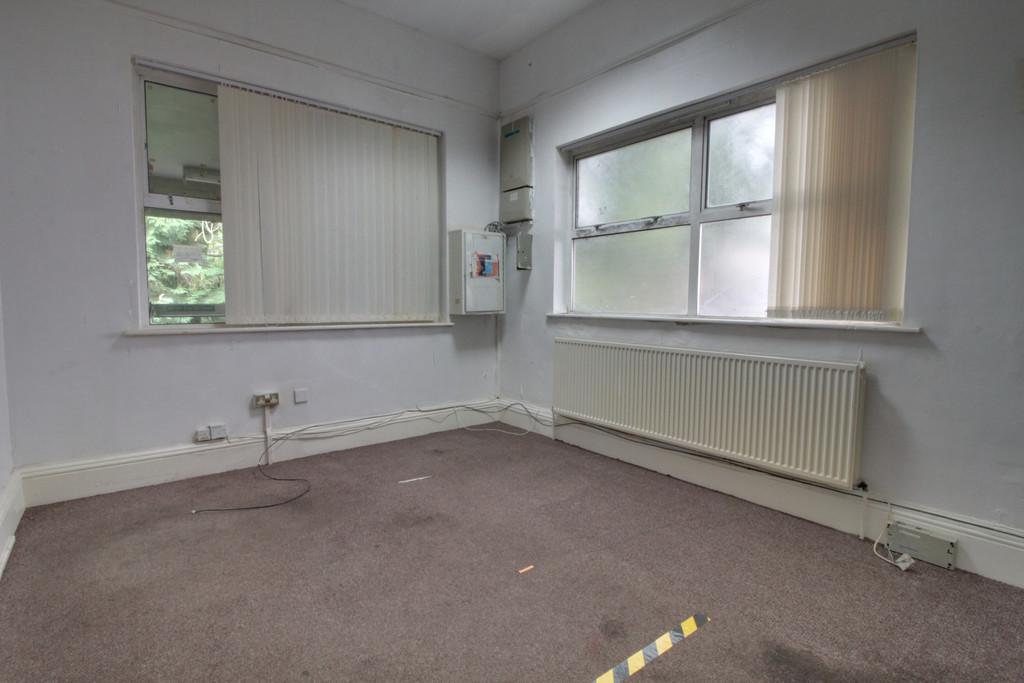 Image 18/18 of property Gillott Road, Birmingham, B16 0ES