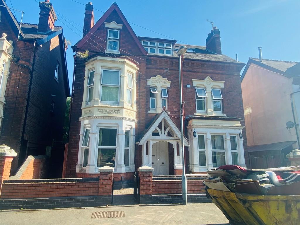 Image 1/18 of property Gillott Road, Birmingham, B16 0ES