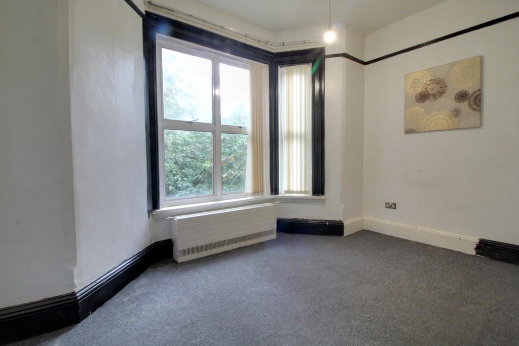 Image 10/18 of property Gillott Road, Birmingham, B16 0ES