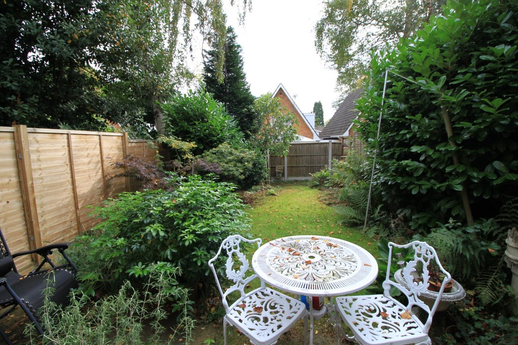 Image 8/13 of property Niall Close, Edgbaston, B15 3NX