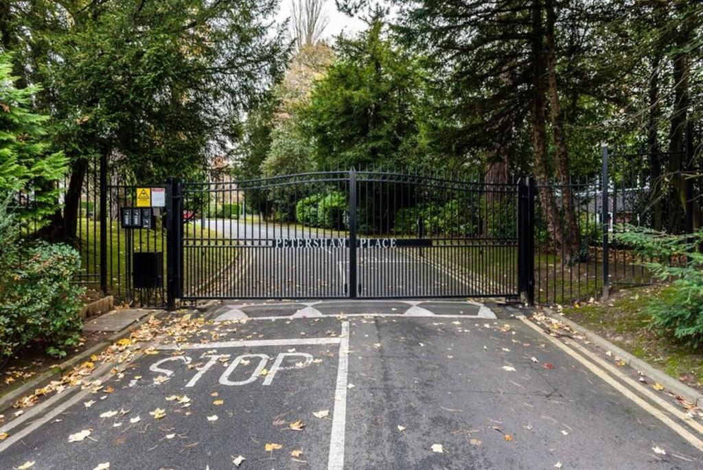 Image 11/15 of property Petersham Place, Richmond Hill Road, Edgbaston, B15 3RY