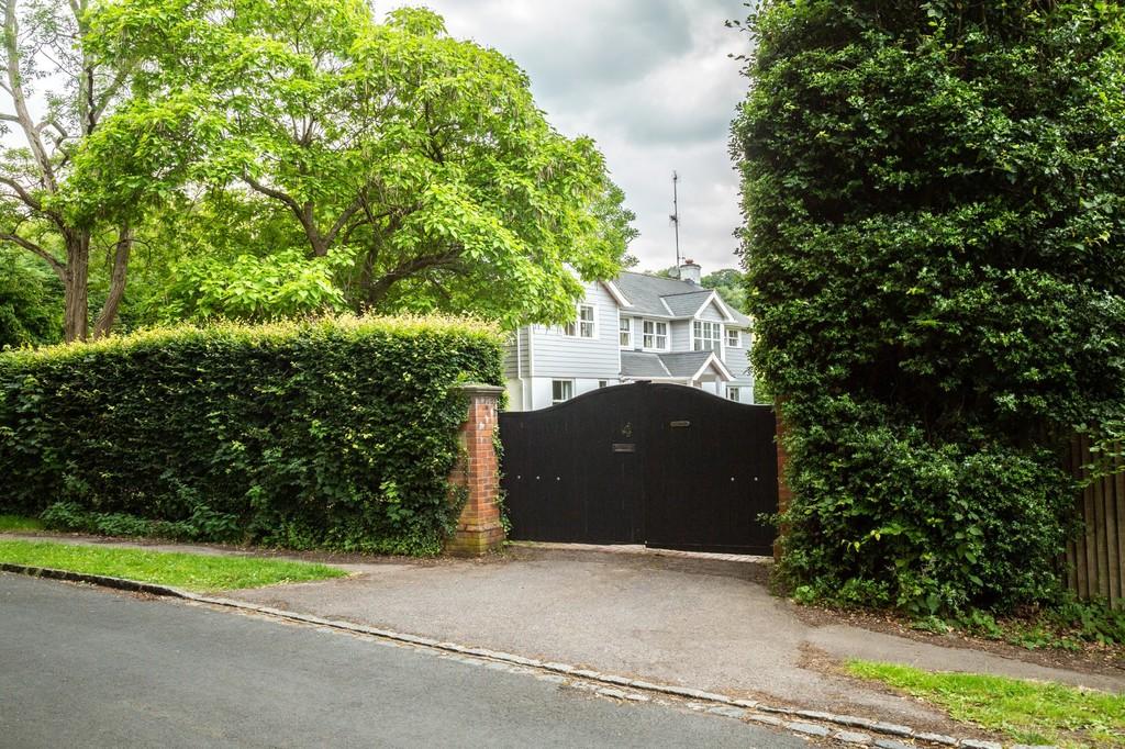 Photo of Lambridge Wood Road, Henley-on-Thames
