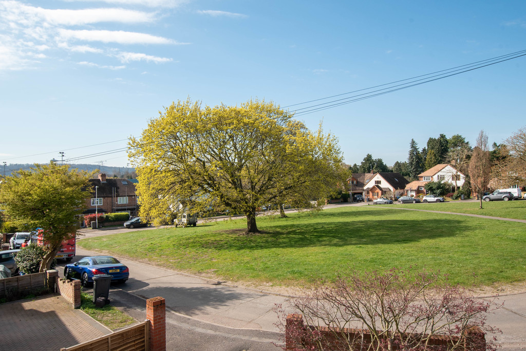 Photo of Oak Tree Avenue, Marlow
