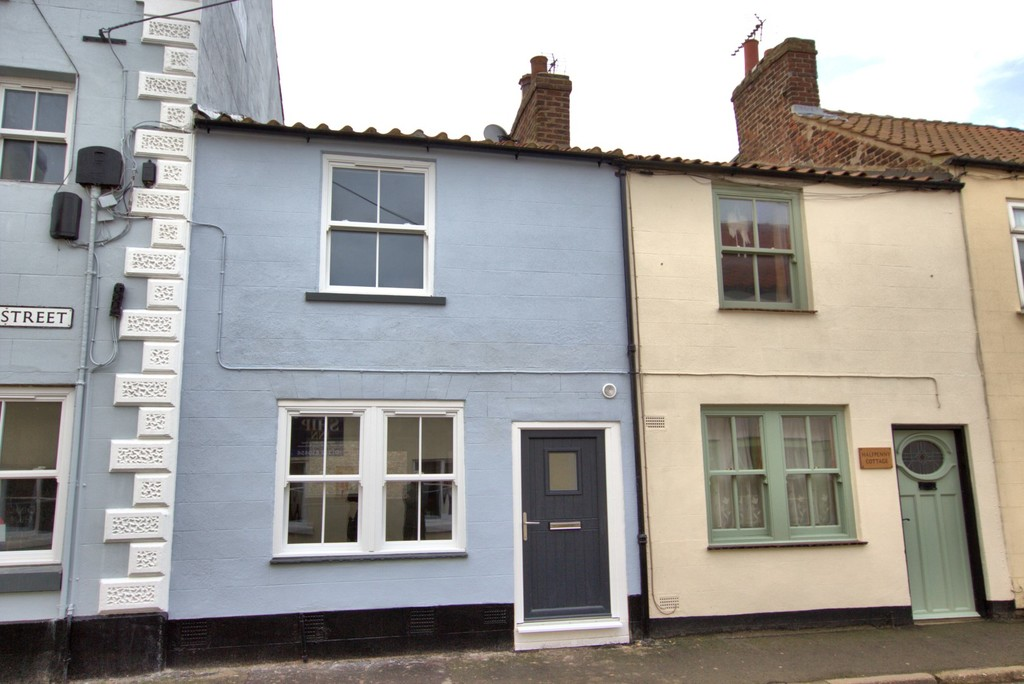 2 bedroom Mid Terraced House - Post Office Street, Flamborough