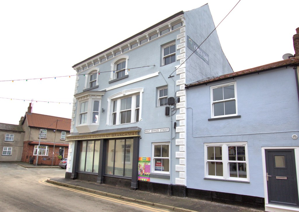 1 bedroom Apartment - Dog And Duck Square, Flamborough