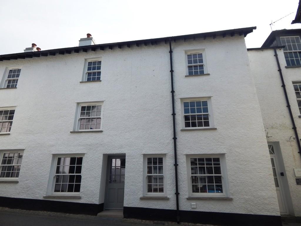 Cobblestones, North Road, Ambleside, Cumbria, LA22 9DT