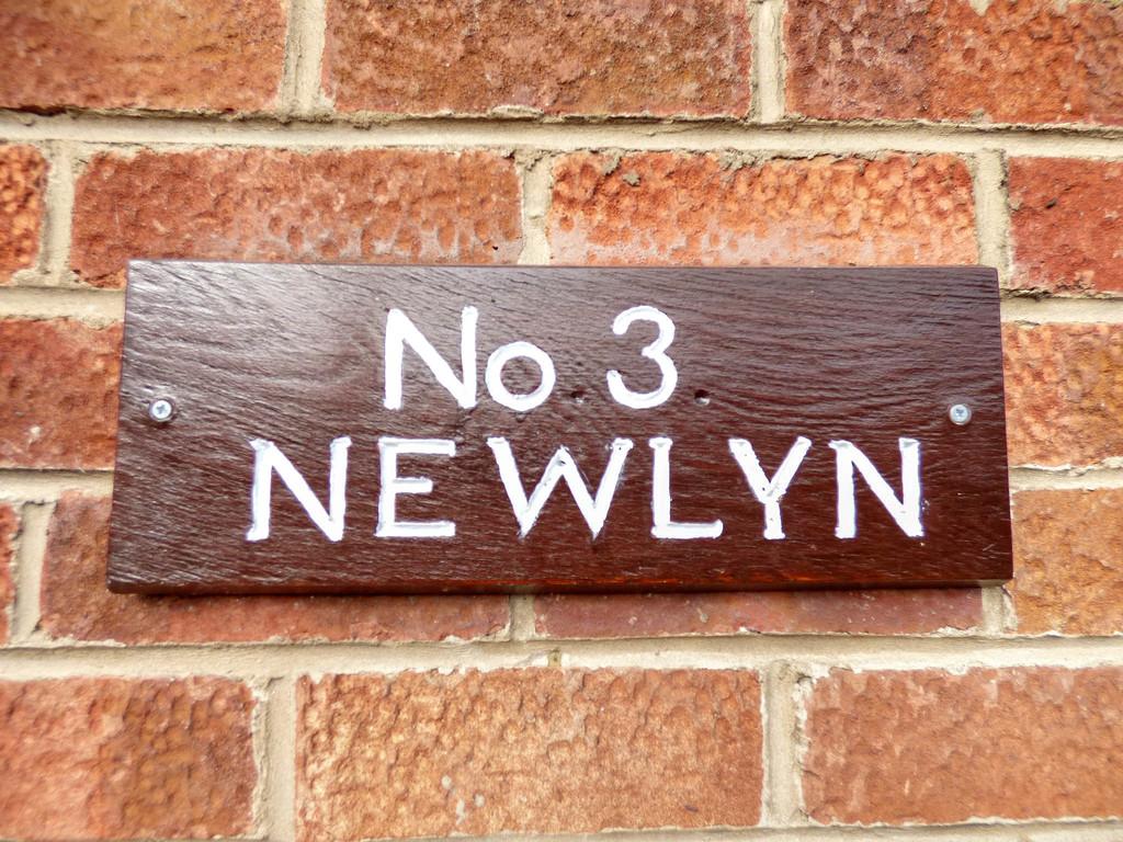 Newlyn, 3 Riseber - 0