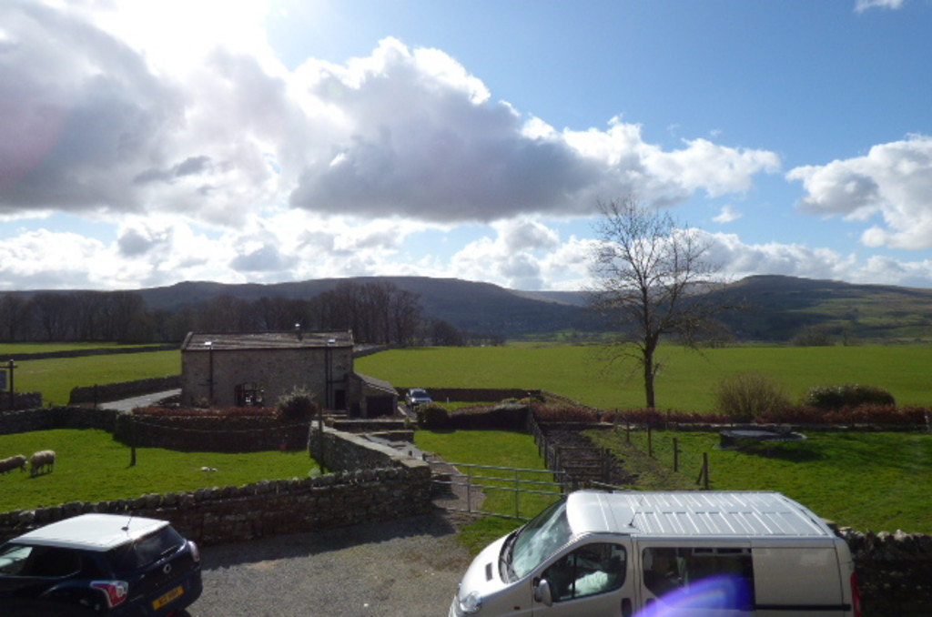 Bliss Cottage, Simonstone, Nr Hawes - 0
