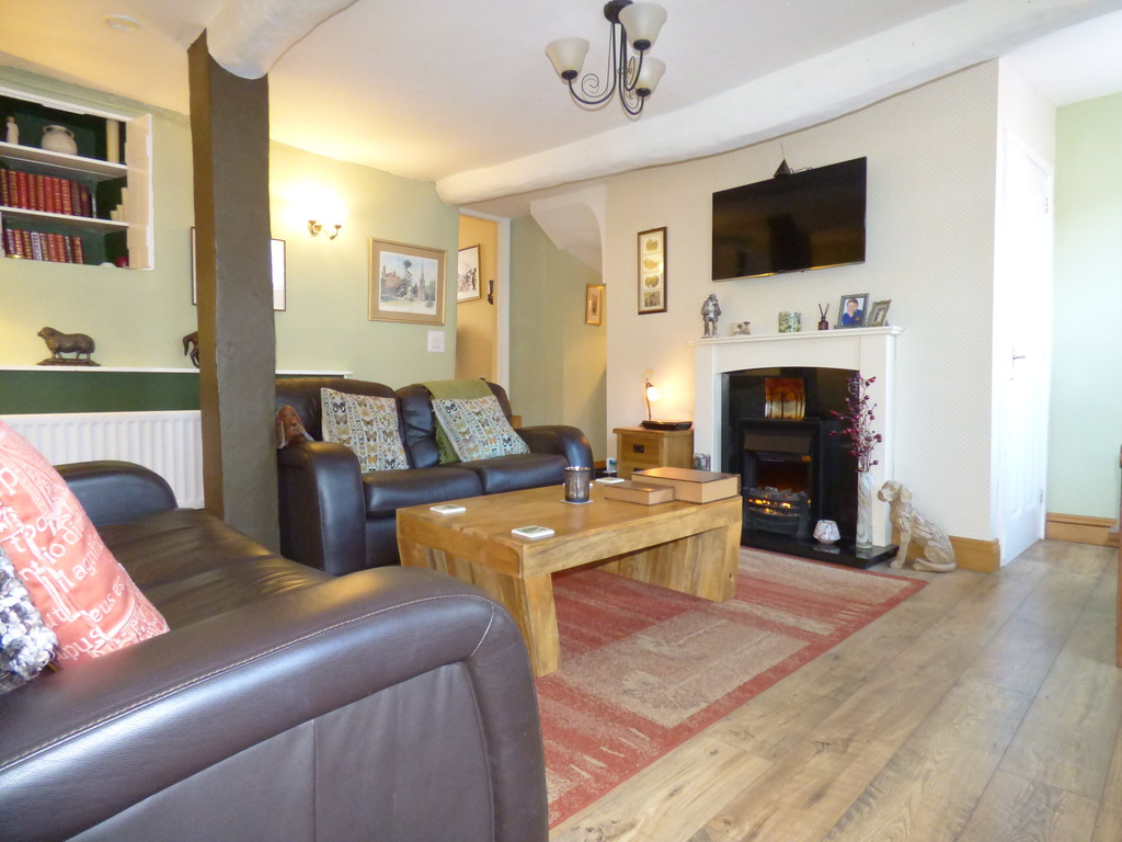 Cherkaby Cottage, 23 North Road, Kirkby Stephen - 0