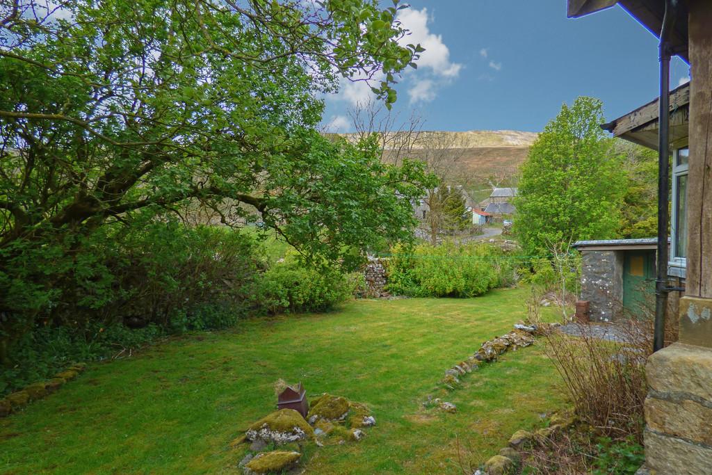 2 Winterscales Fold Cottages, Chapel Le Dale - 0