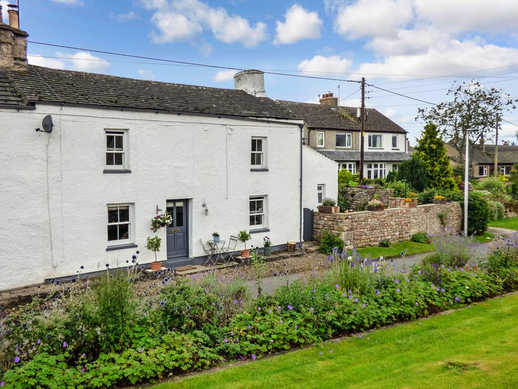 Victoria Cottage, Church Brough - 0